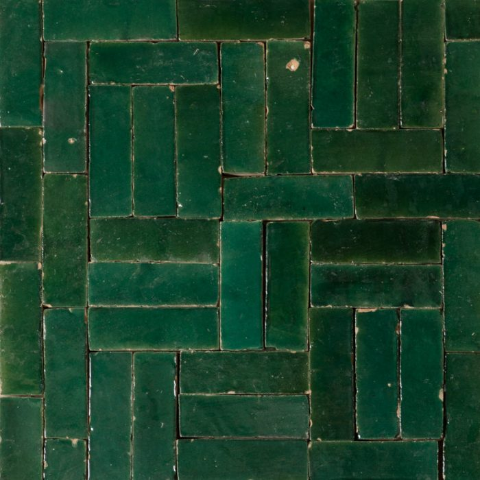 deep emerald green brick shaped tile