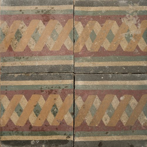 earthy toned chain pattern tile